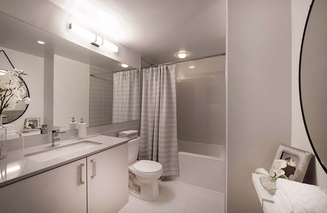 valhalla-town-square-bathroom